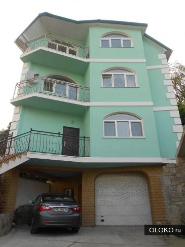 Продам дом, 244 м², участок 2 сотки.