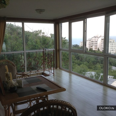 Продам дом, 150 м², участок 1 сотка.