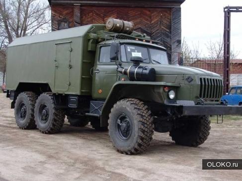 Подъемник исследования нефтяных скважин на шасси Урал 43206.