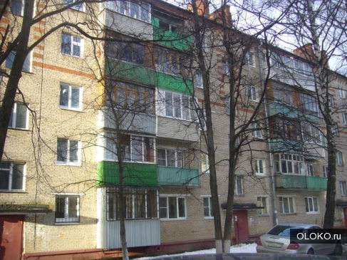 Продам 2-к квартиру, 44 м², 3/5 эт..