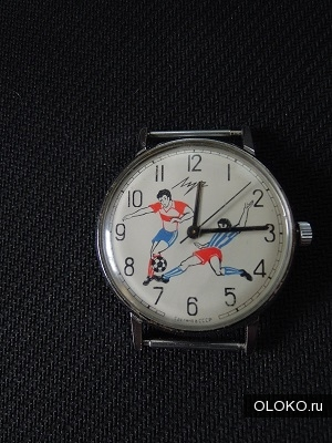 Часы футбольные, винтаж, 70-е годы СССР..
