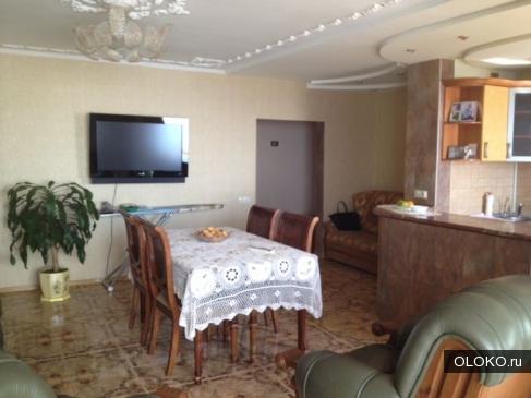 Продам 2-к квартиру, 60 м², 4/9 эт..