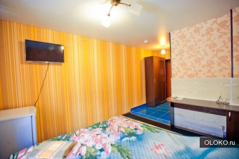 Заказать номер гостиницы в Барнауле с телевизором.