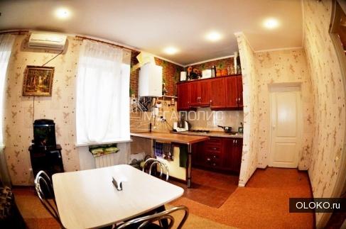 Продам 2-к квартиру, 78 м², 1/3 эт..