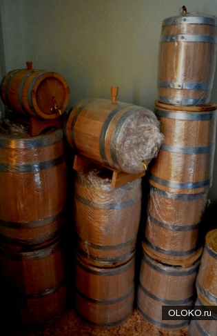 Деревянные бочки для самогона и солений.