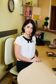 Специалист по административно-кадровой работе.