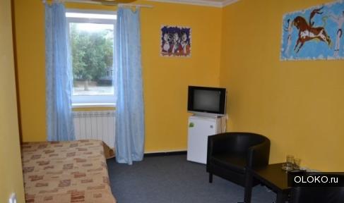 Номер гостиницы Барнаула с моментальным заселением.